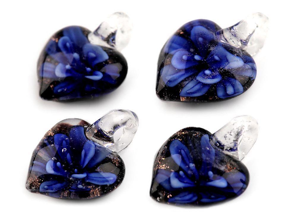 Skleněný přívěsek srdce 21x21 mm, barva 10 modrá námořnická