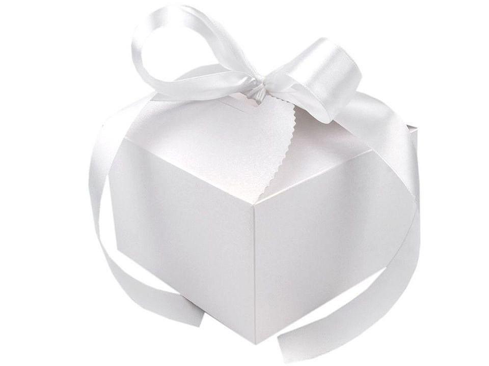 Papírová dárková krabička svatební se stuhou, barva 1 bílá perleť