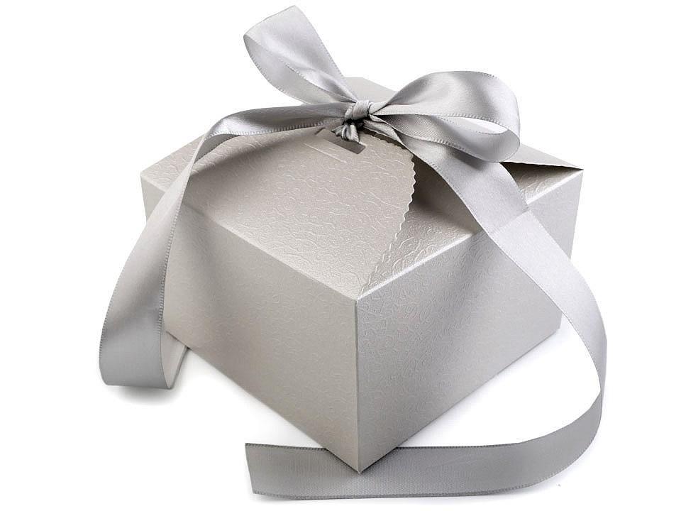 Papírová dárková krabička svatební se stuhou, barva 3 stříbrná
