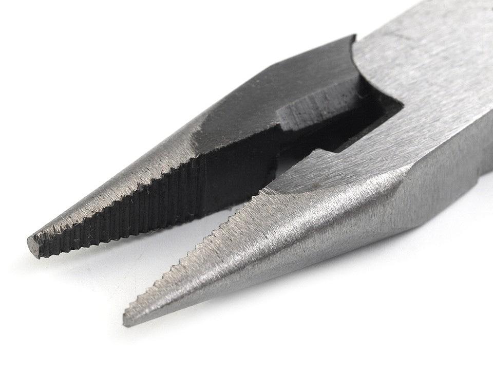 Kleště půlkulaté štípací se zoubky 125 mm